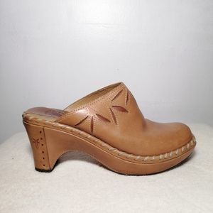 Frye Leather Clogs